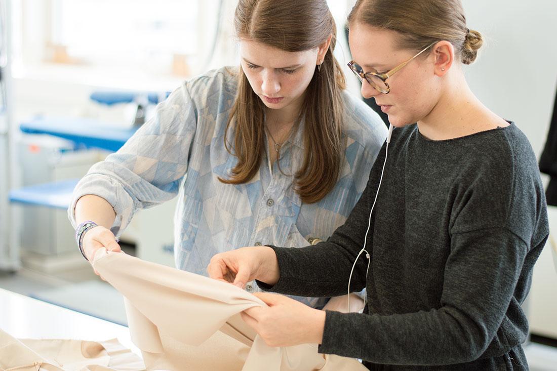Unterricht Meisterkurs Schneiderhandwerk